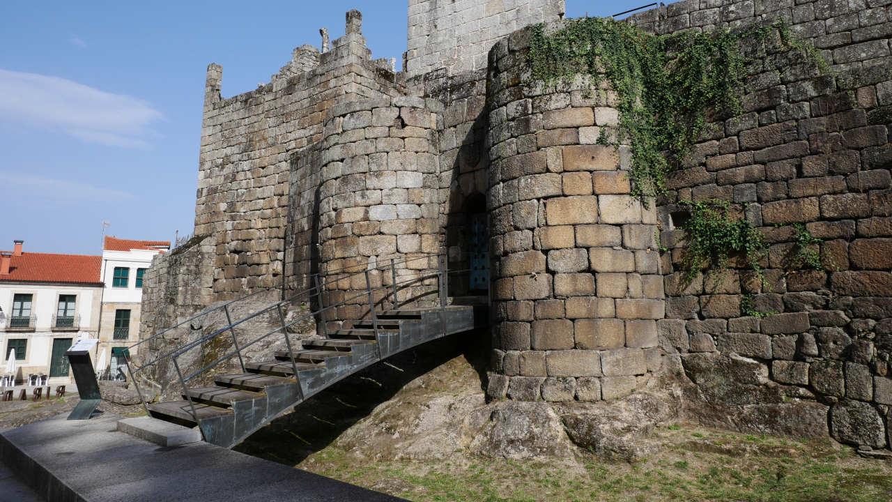 Castelo dos Condes Sarmiento ()