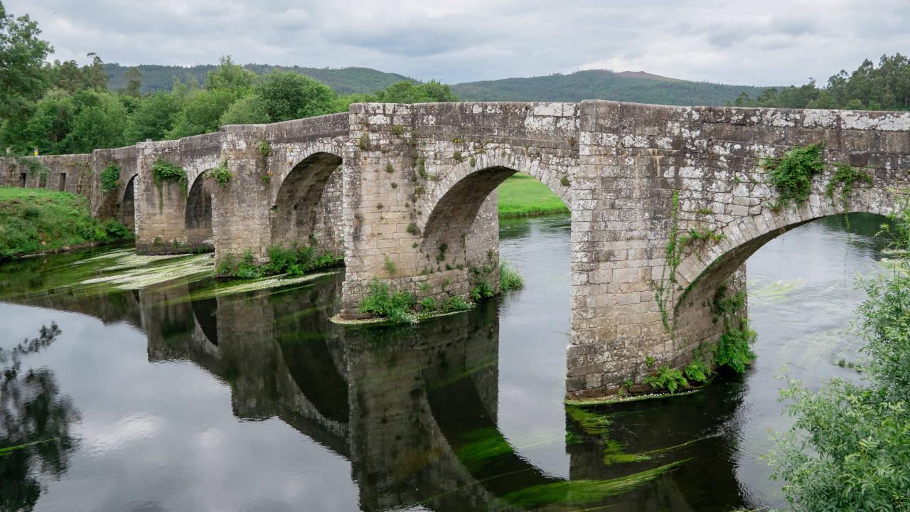 Ponte medieval de Pontevea (FÉLIX GONZÁLEZ)